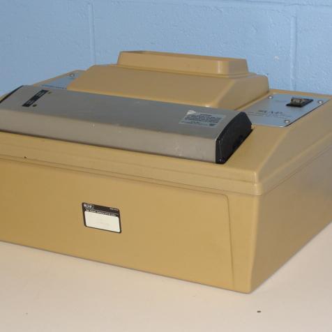 UVP Chromato-Vue Cabinet Type CC-60 UV Lamp Image