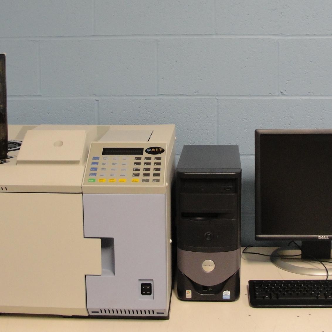 Perkin Elmer Autosystem XL Gas Chromatograph Image