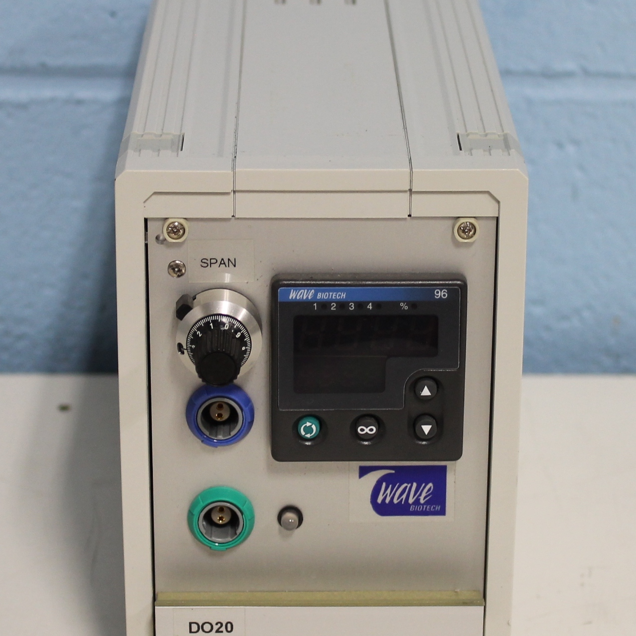Wave Biotech DO20 Dissolved Oxygen Monitor Image