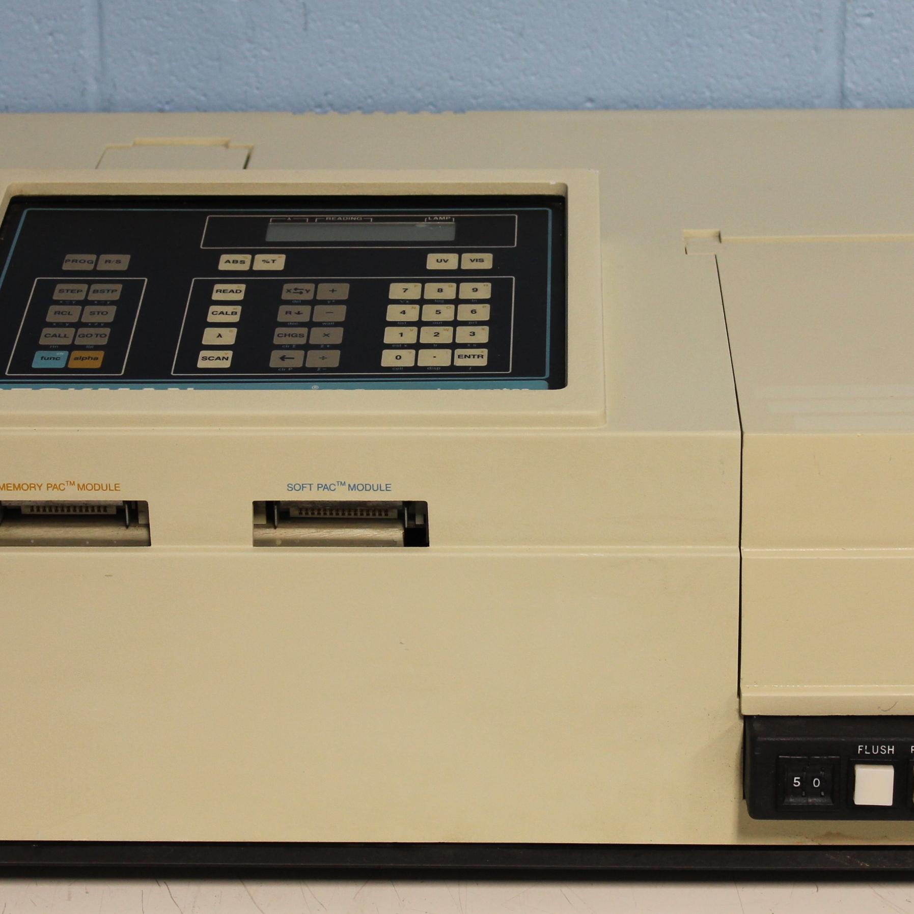 Beckman DU-50 Spectrophotometer Image