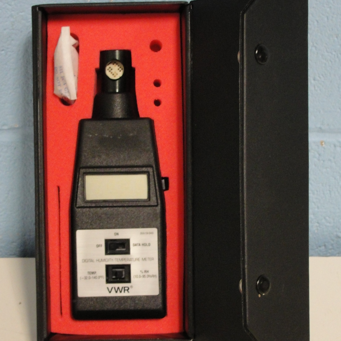 VWR Digital Hygrometer/Thermometer Image