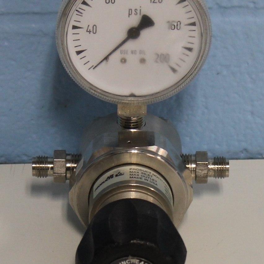 Air Products E11-C441C Pressure Regulator Image