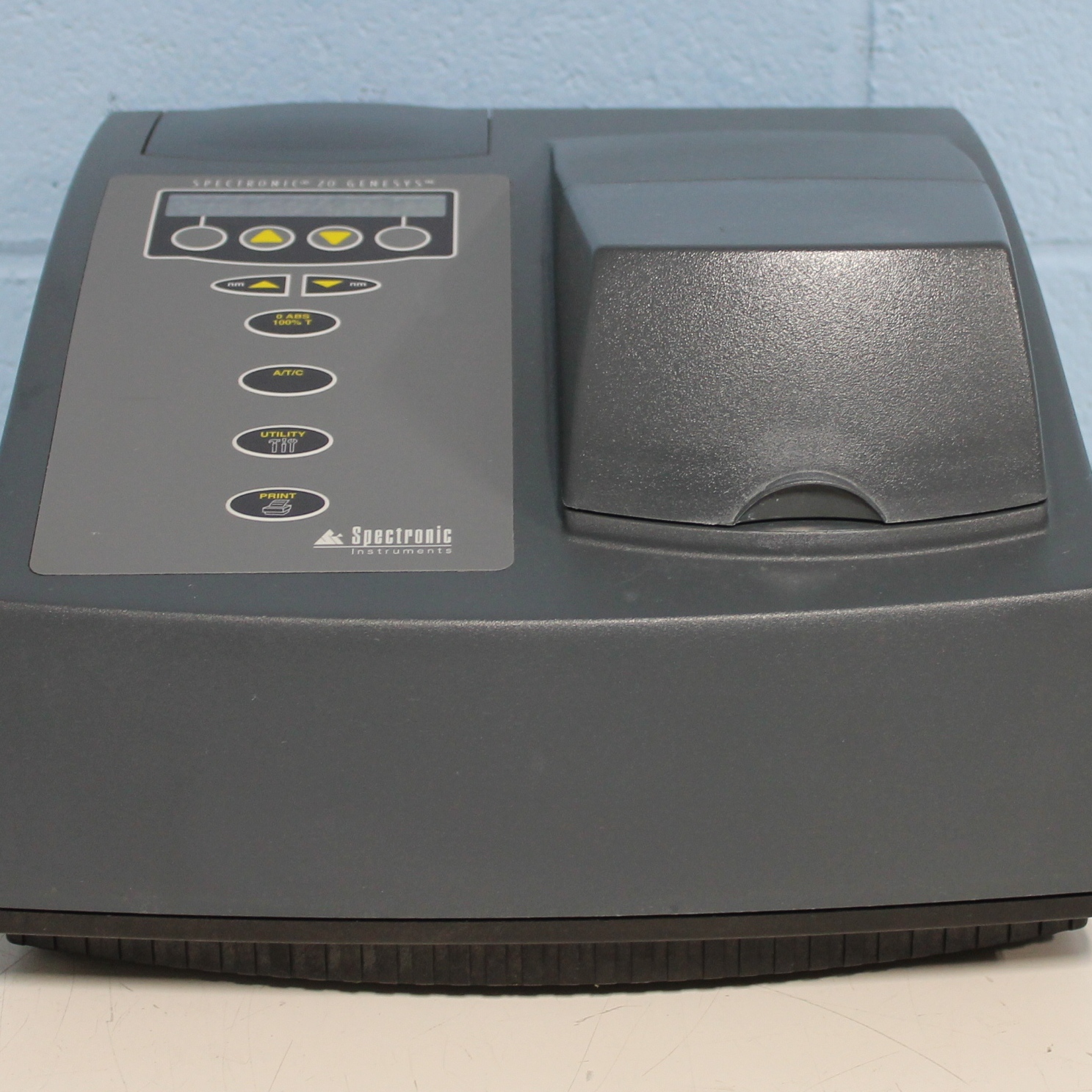 GENESYS 20 Visible Spectrophotometer Name