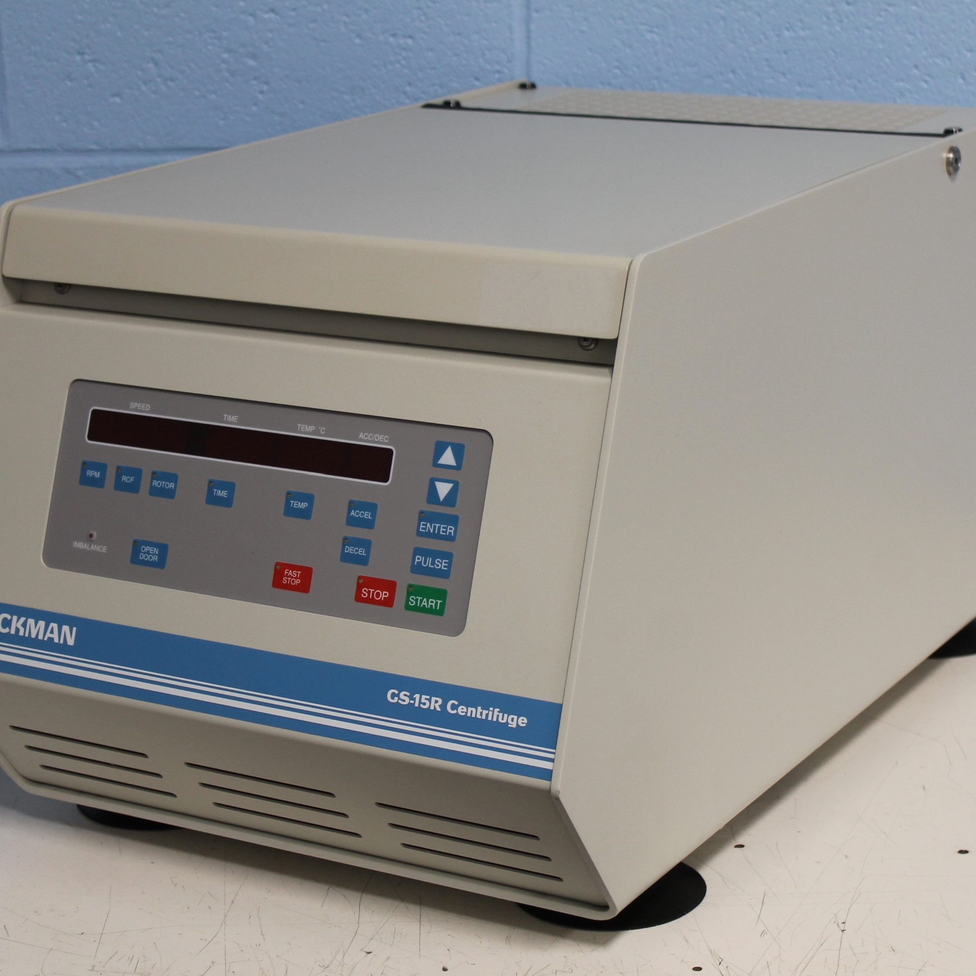 Beckman Coulter GS-15R Refrigerated Benchtop Centrifuge Image