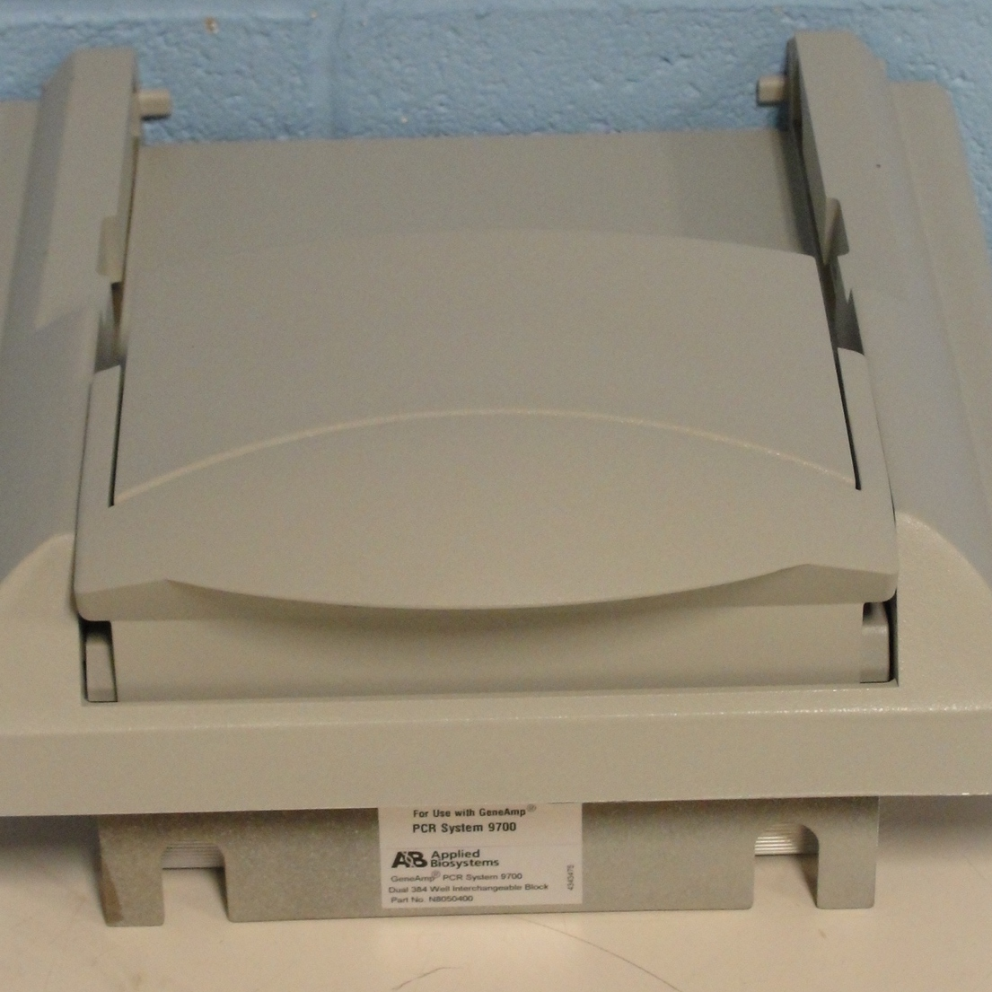 Applied Biosystems GeneAmp PCR System 9700 Dual 384-Well Sample Block Module Image