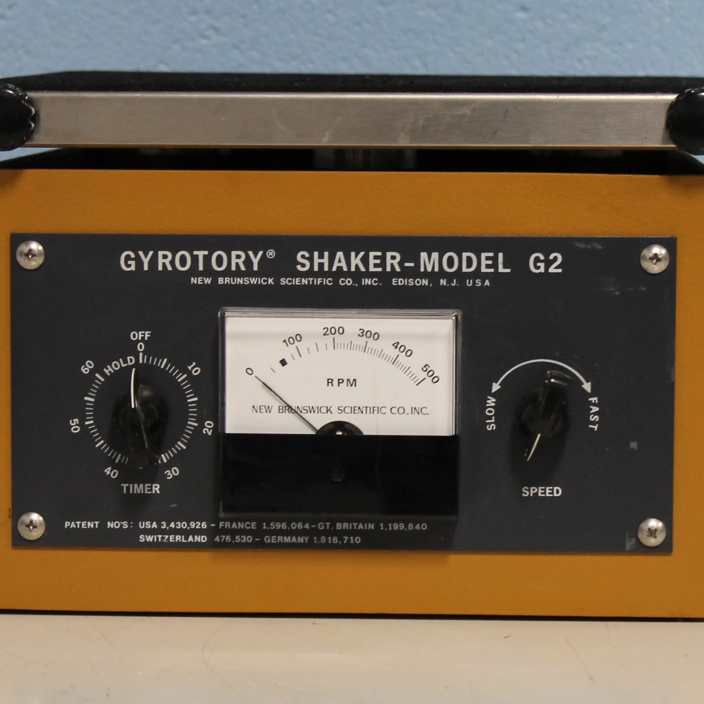 New Brunswick Scientific Co Gyrotory Shaker Model G2 Image