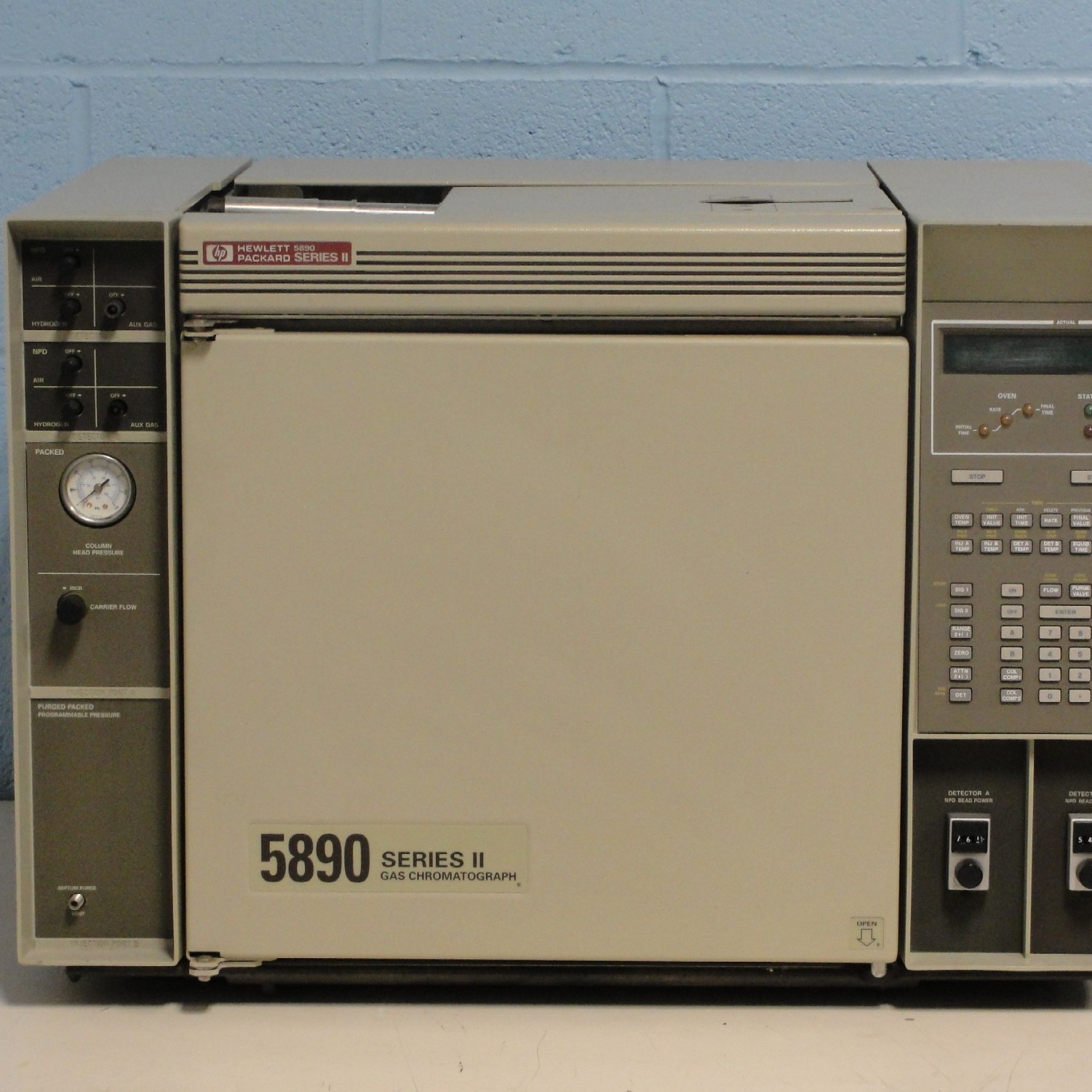 Hewlett Packard 5890 Series II Gas Chromatograph (GC) System Split/Splitless Programmable Pressure Injector Image
