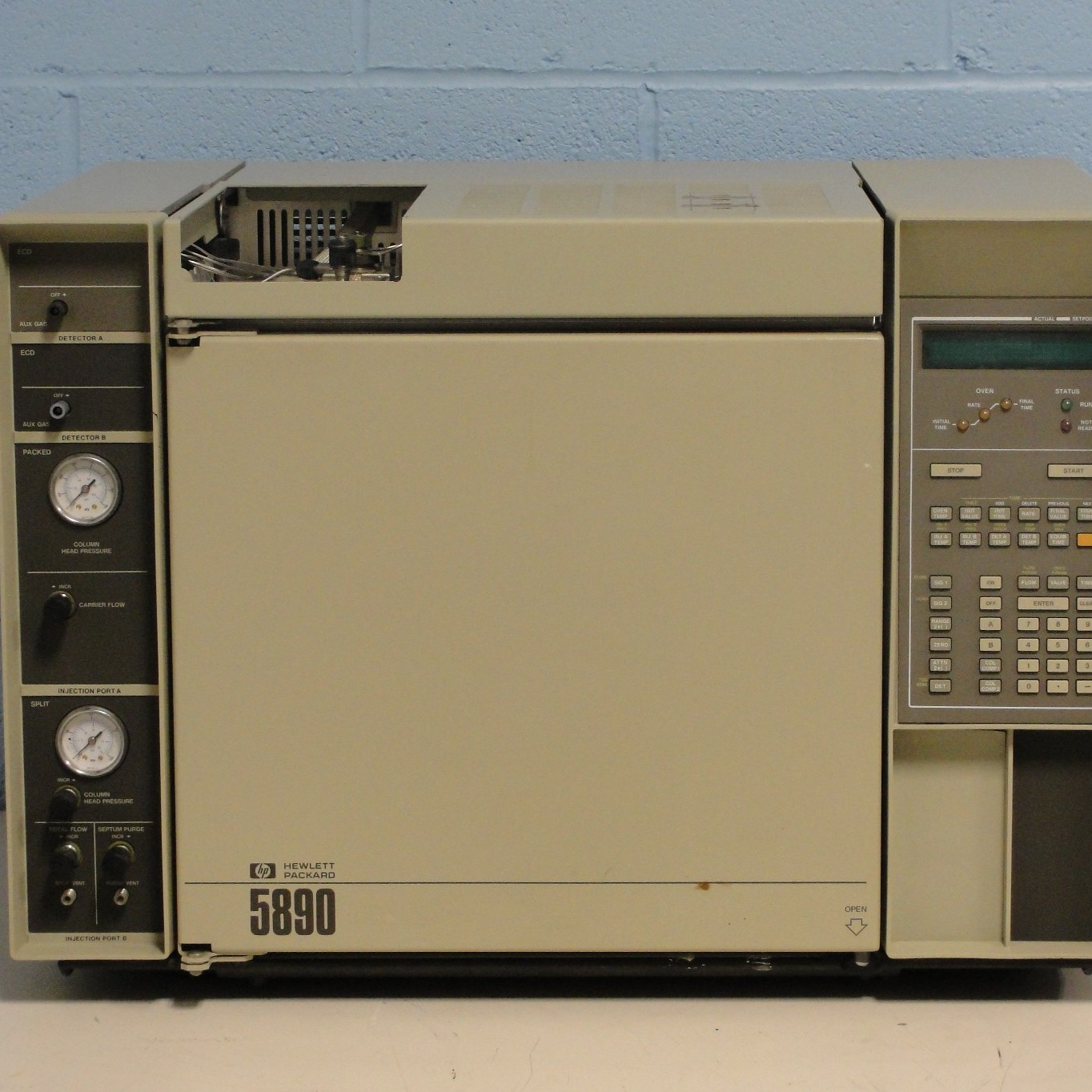 HP 5890A Gas Chromatograph System Name