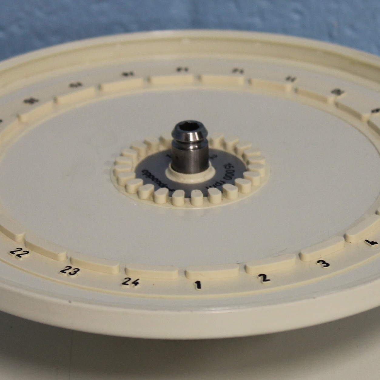 Eppendorf Hematocrit Rotor Type 16H24-2 Image