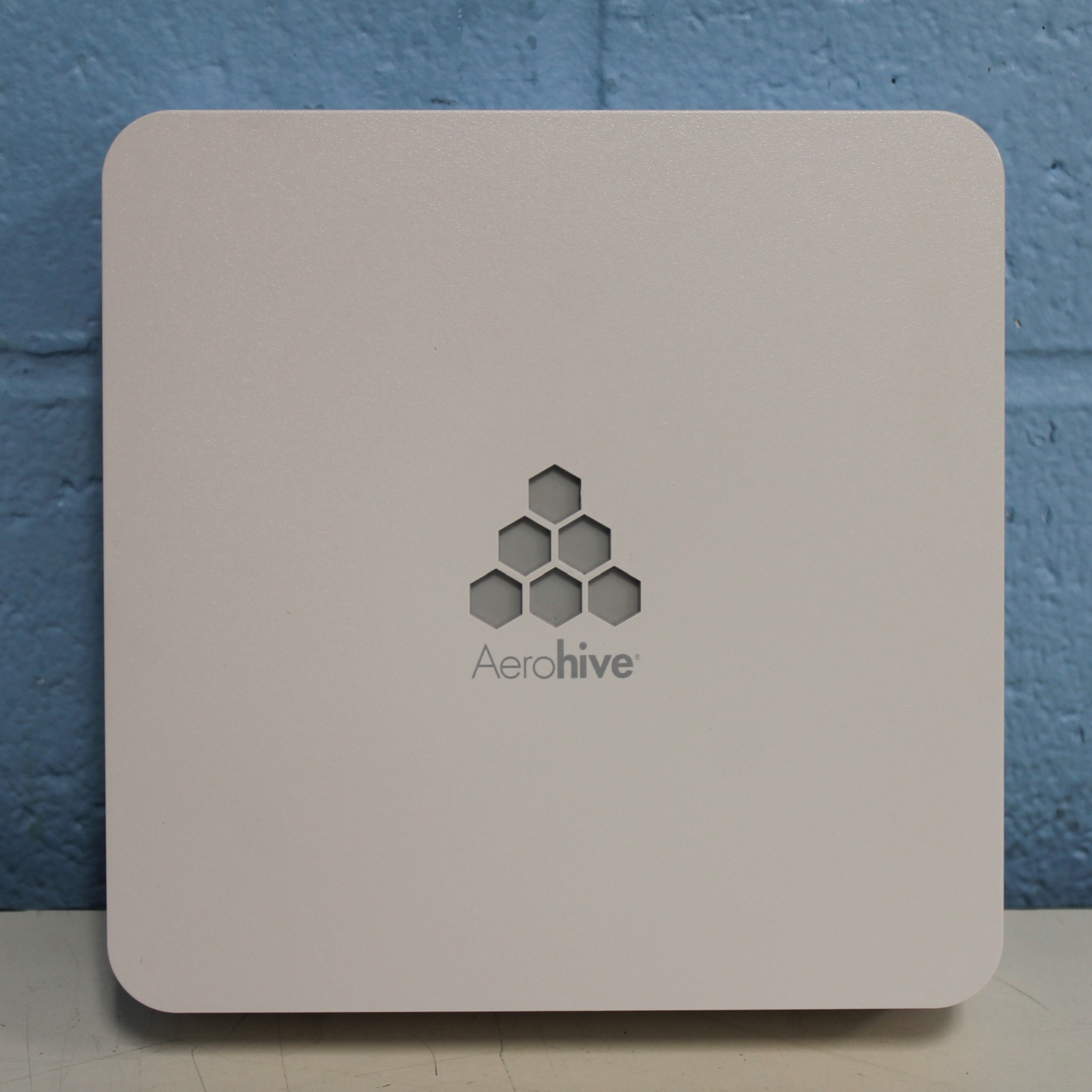 Aerohive HiveAP 120 Access Point Bundle Image
