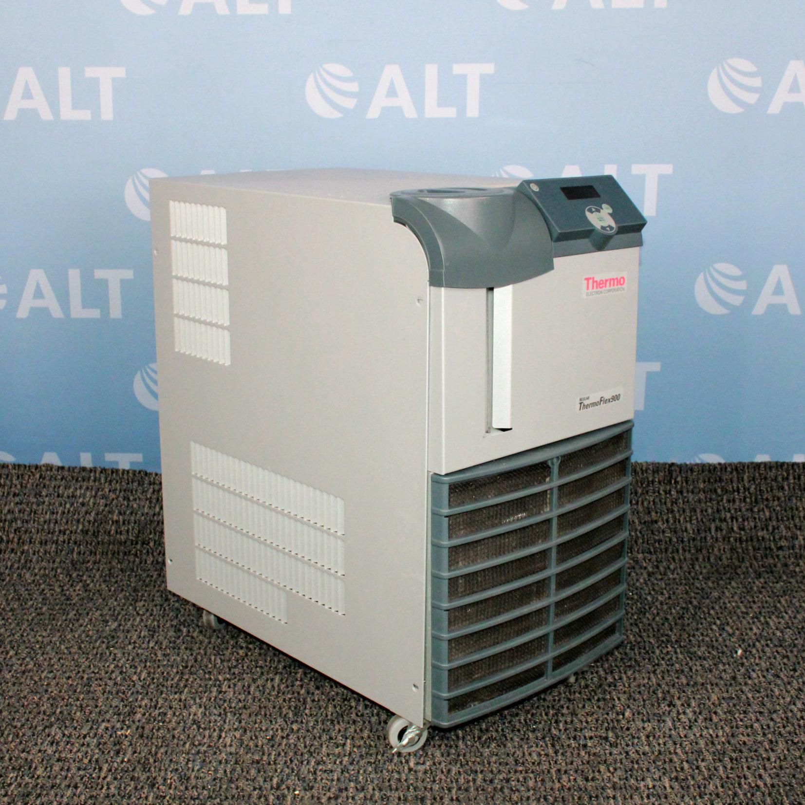 Thermo Scientific Neslab ThermoFlex 900 Recirculating Chiller Image