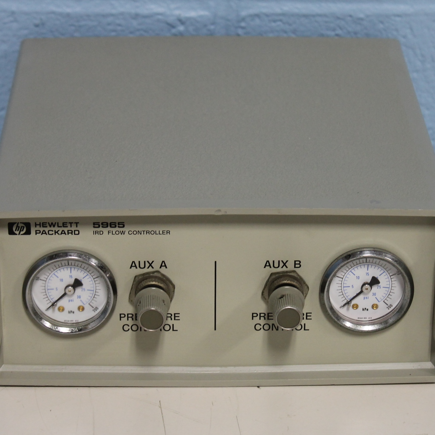 Hewlett Packard 5965 IRD Flow Controller Model Image