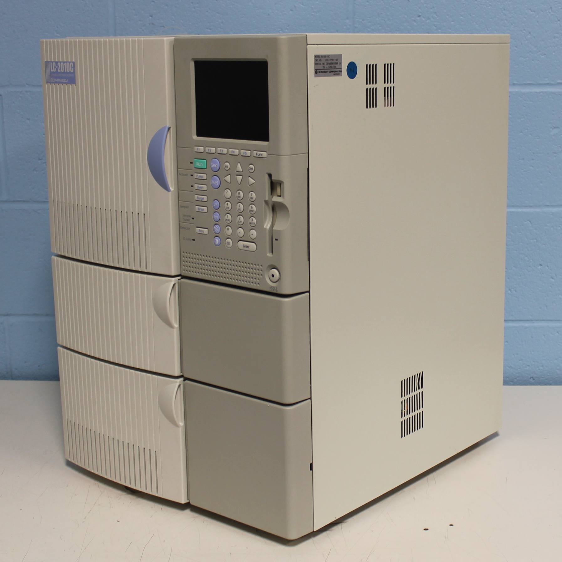 Refurbished Shimadzu Lc 2010c Hplc System
