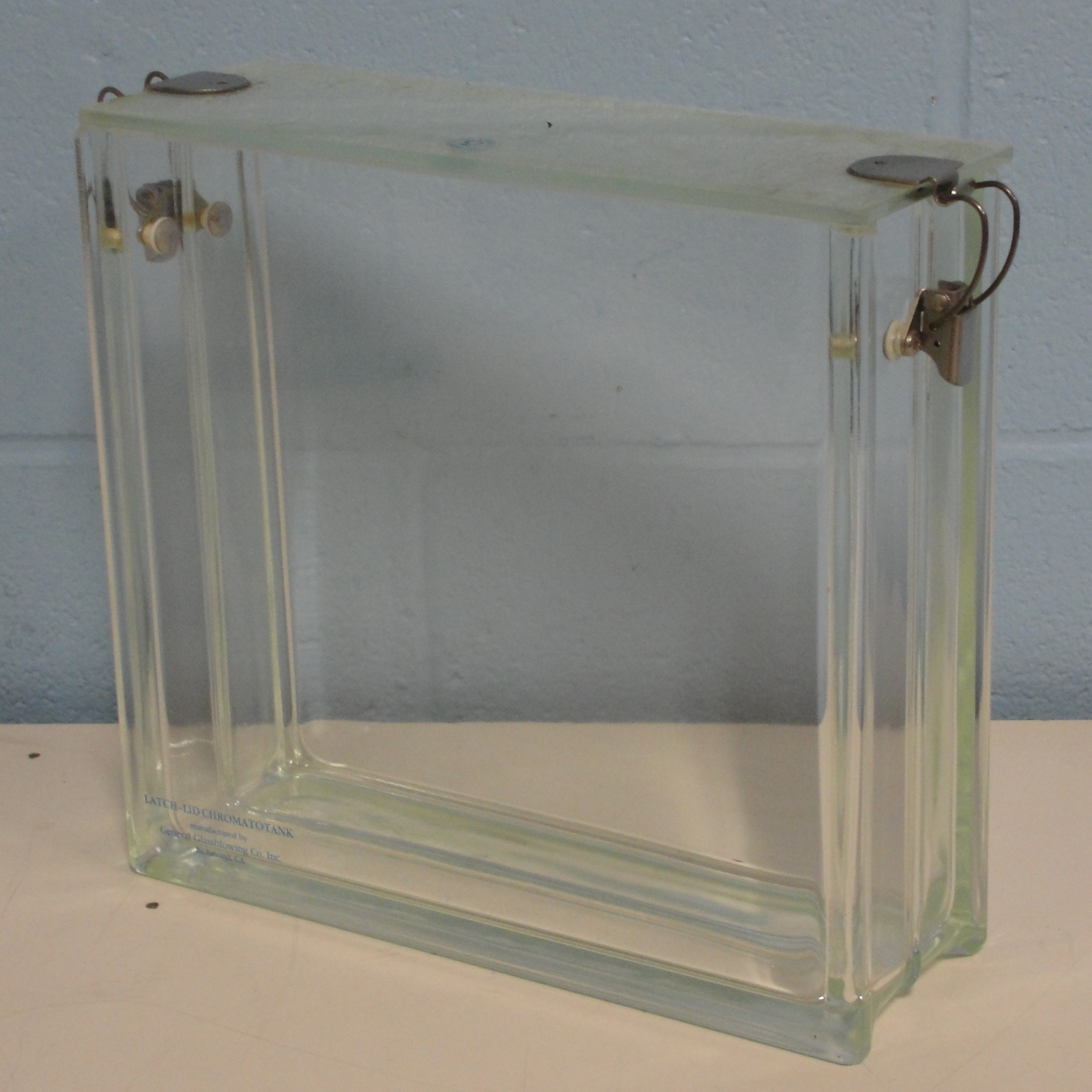 General Glassblowing Co. Latch-Lid ChromatoTank Unit Image