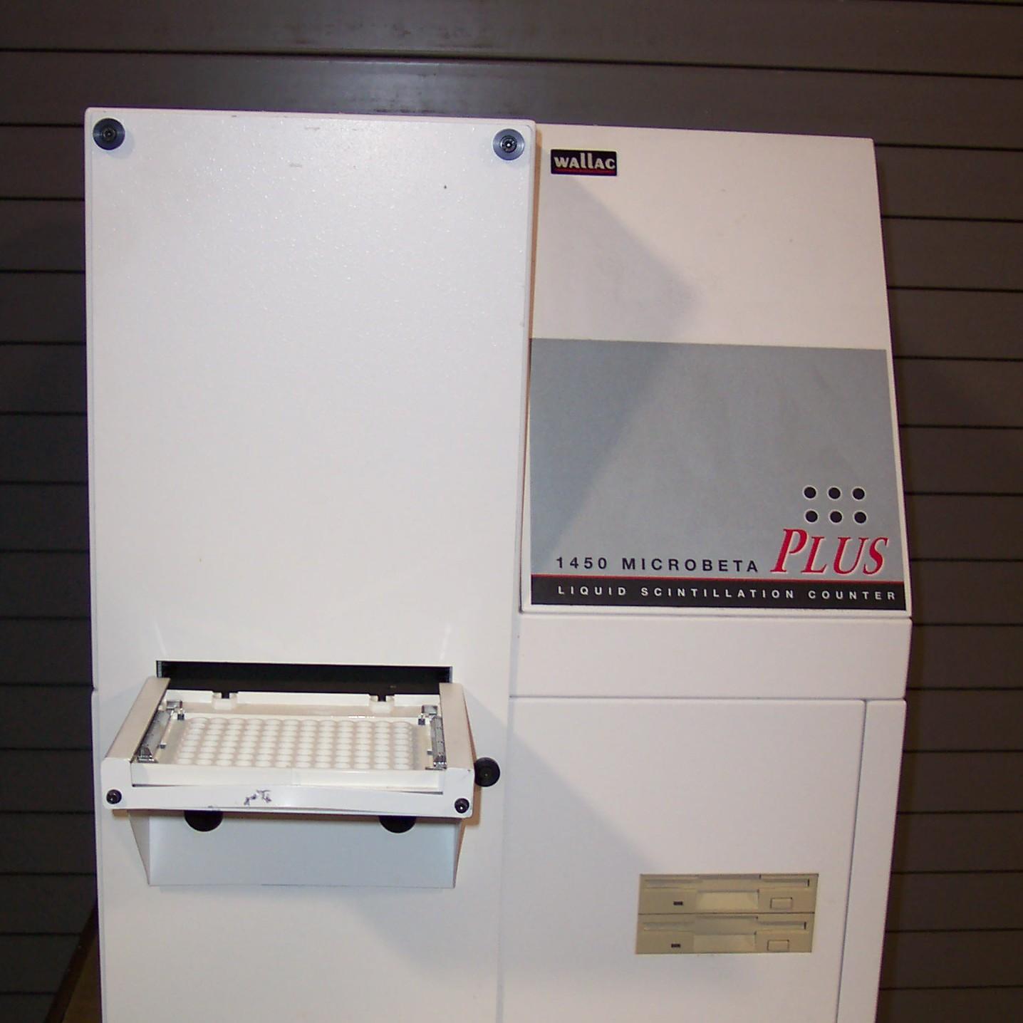Wallac Liquid Scintillation Counter Model 1450-011 Image