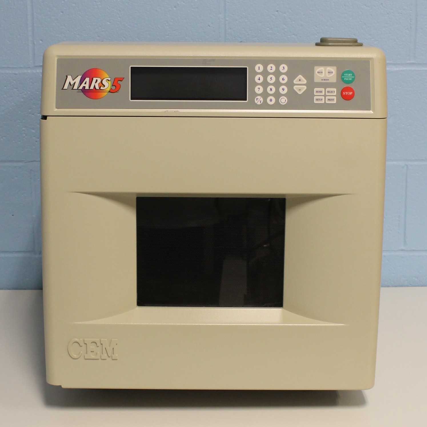 CEM MARS 5 Microwave Accelerated Reaction System Image