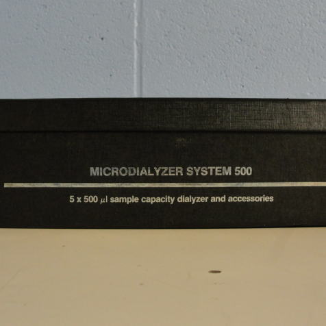 Microdialyzer system 500