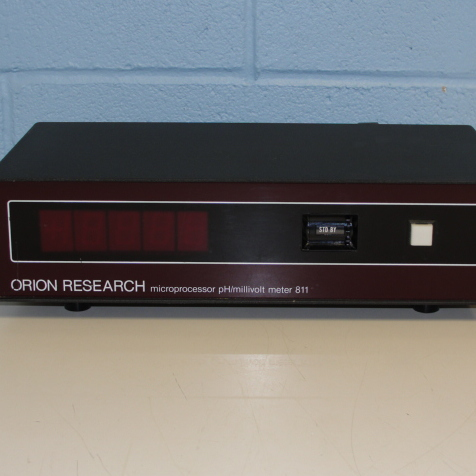 Orion Research Microprocessor pH/millivolt Meter 811 Image