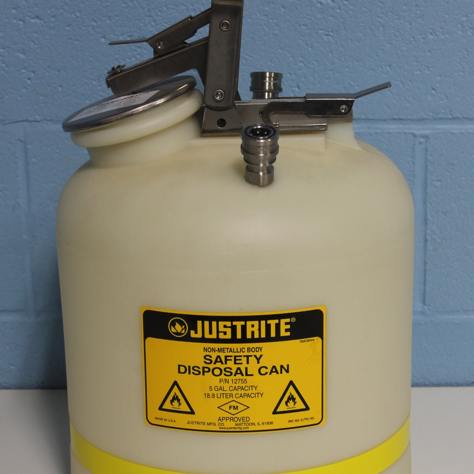 Justrite Model 12755 5 gal (19L) Polyethylene Safety Disposal Can Image