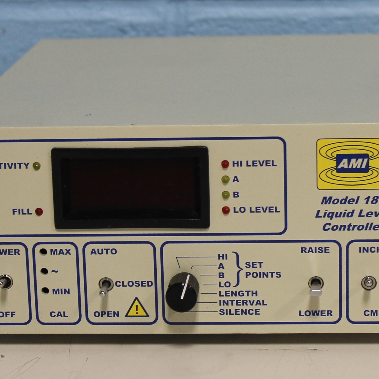 American Magnetics Model 186 Liquid Level Controller Image