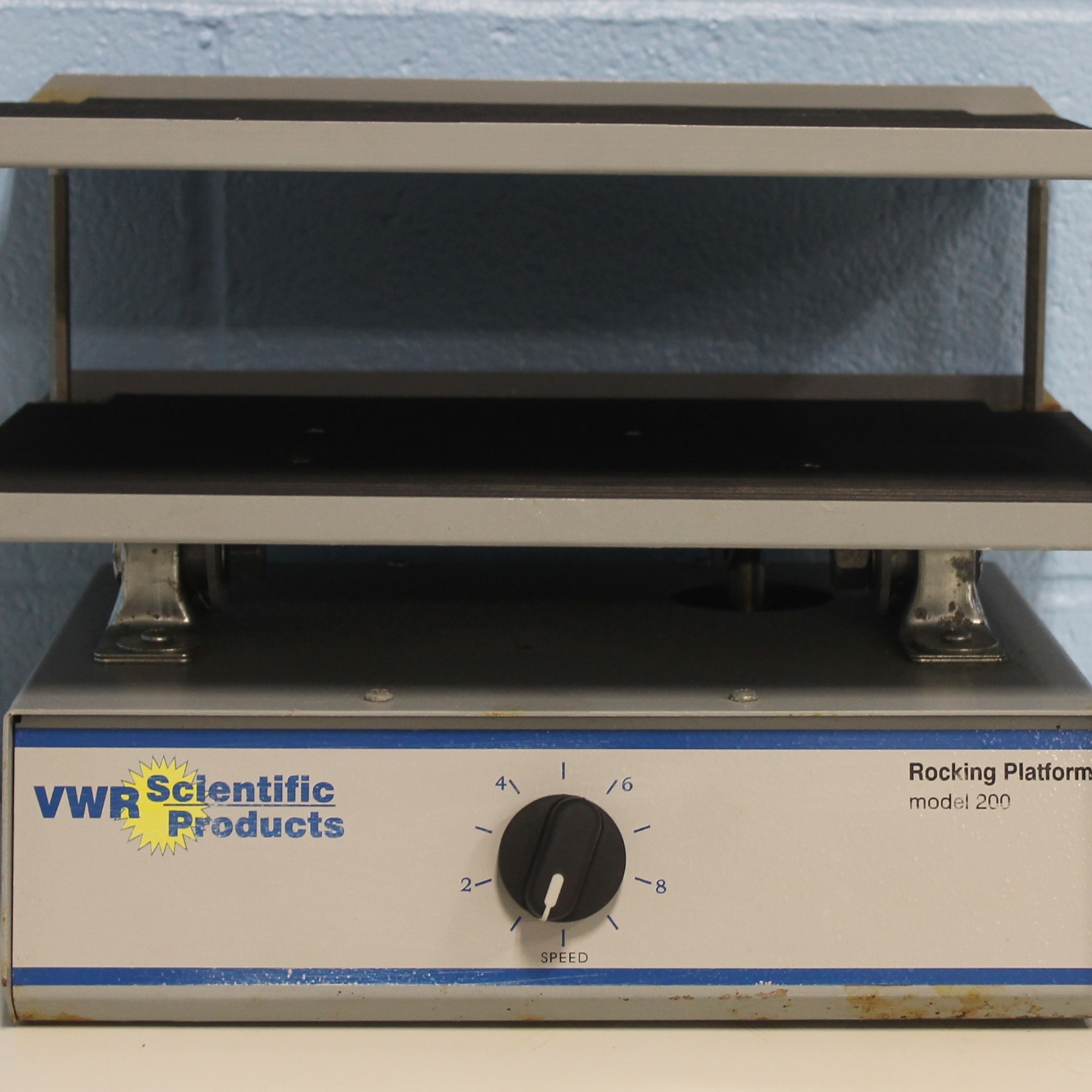 VWR Scientific Model 200 Rocking Platform Shaker Image