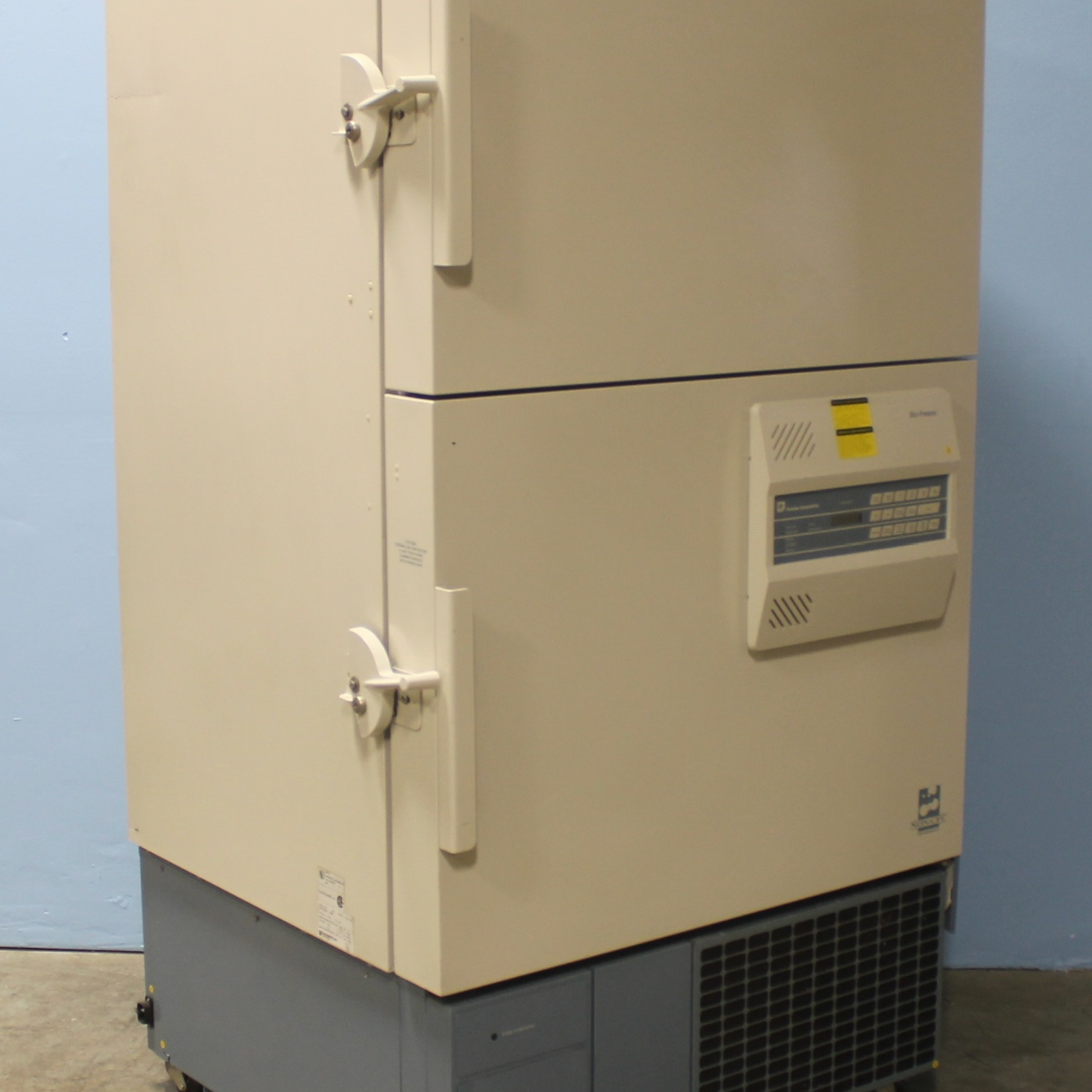 Thermo Forma Model 8523 -86C Ultra-Low Temperature Freezer Image