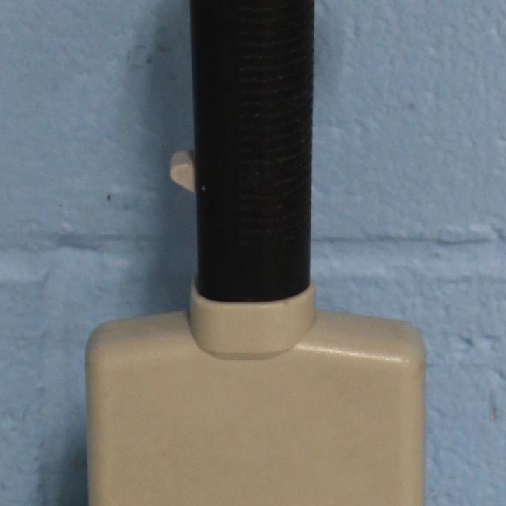 Nichiryo 8-Channel Variable Repetitive Syringe Dispenser Image