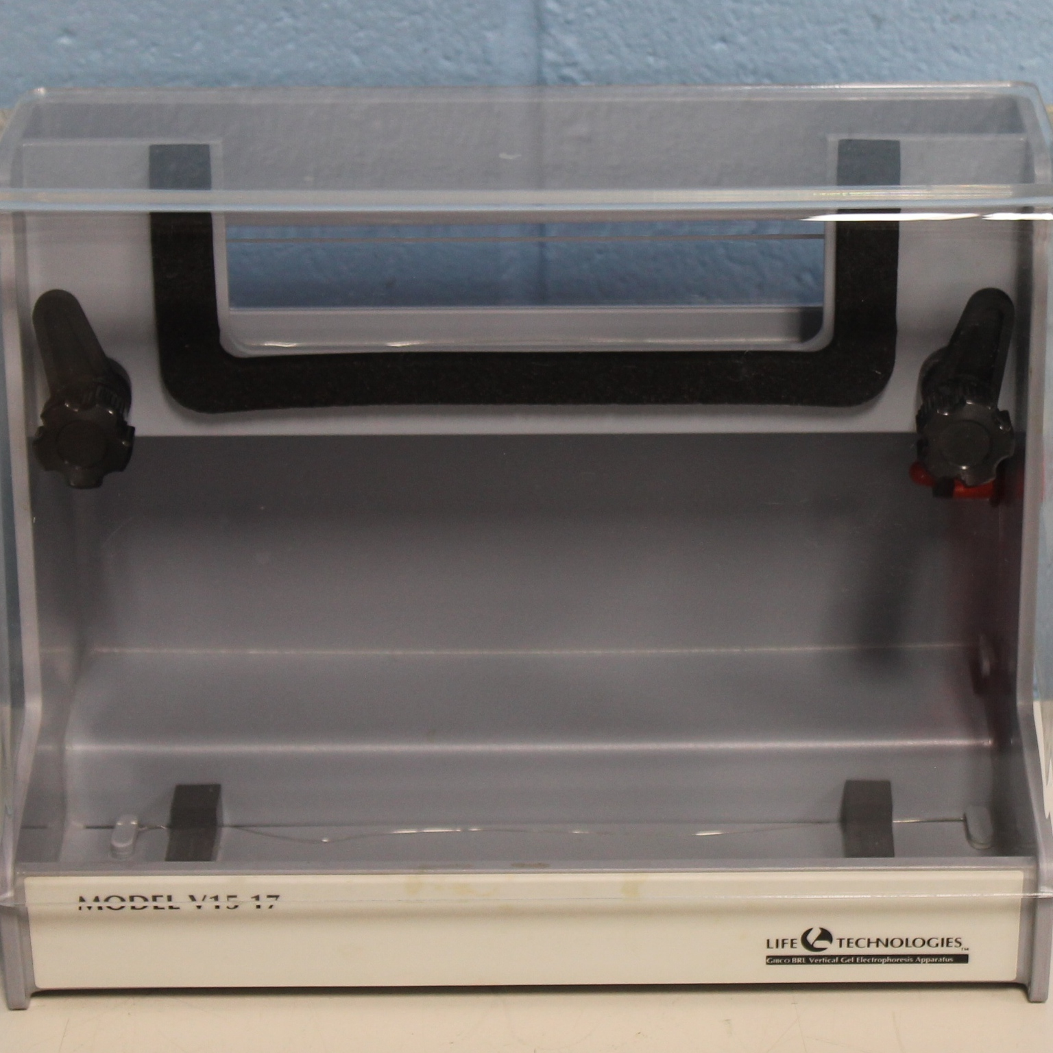 V1517 Vertical Gel Electrophoresis Apparatus Name