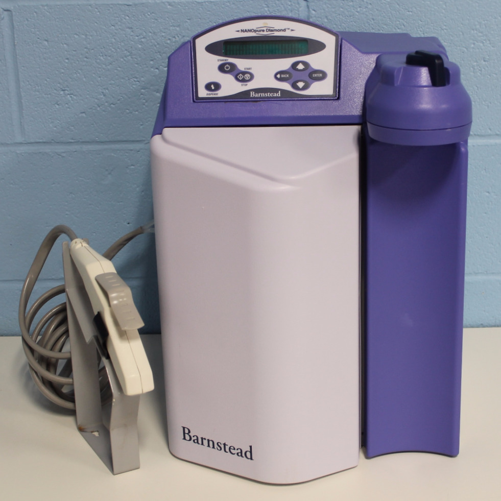 Barnstead/Thermolyne Nanopure Diamond Water Purification System Model D11921 Image