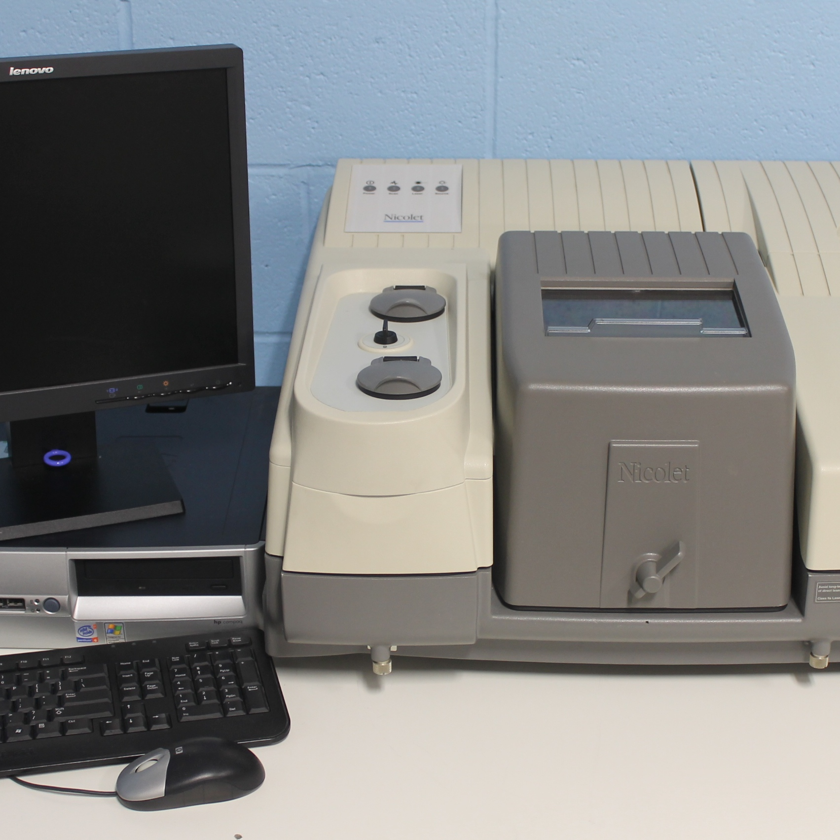 Nicolet NEXUS 670 FT-IR Spectrometer Name
