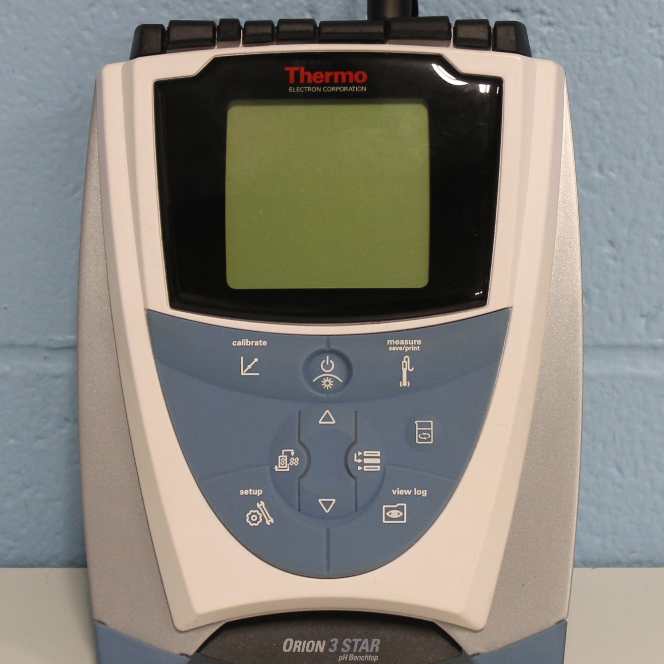 Thermo Orion 3-Star pH/Conductivity/DO Benchtop Meter Image