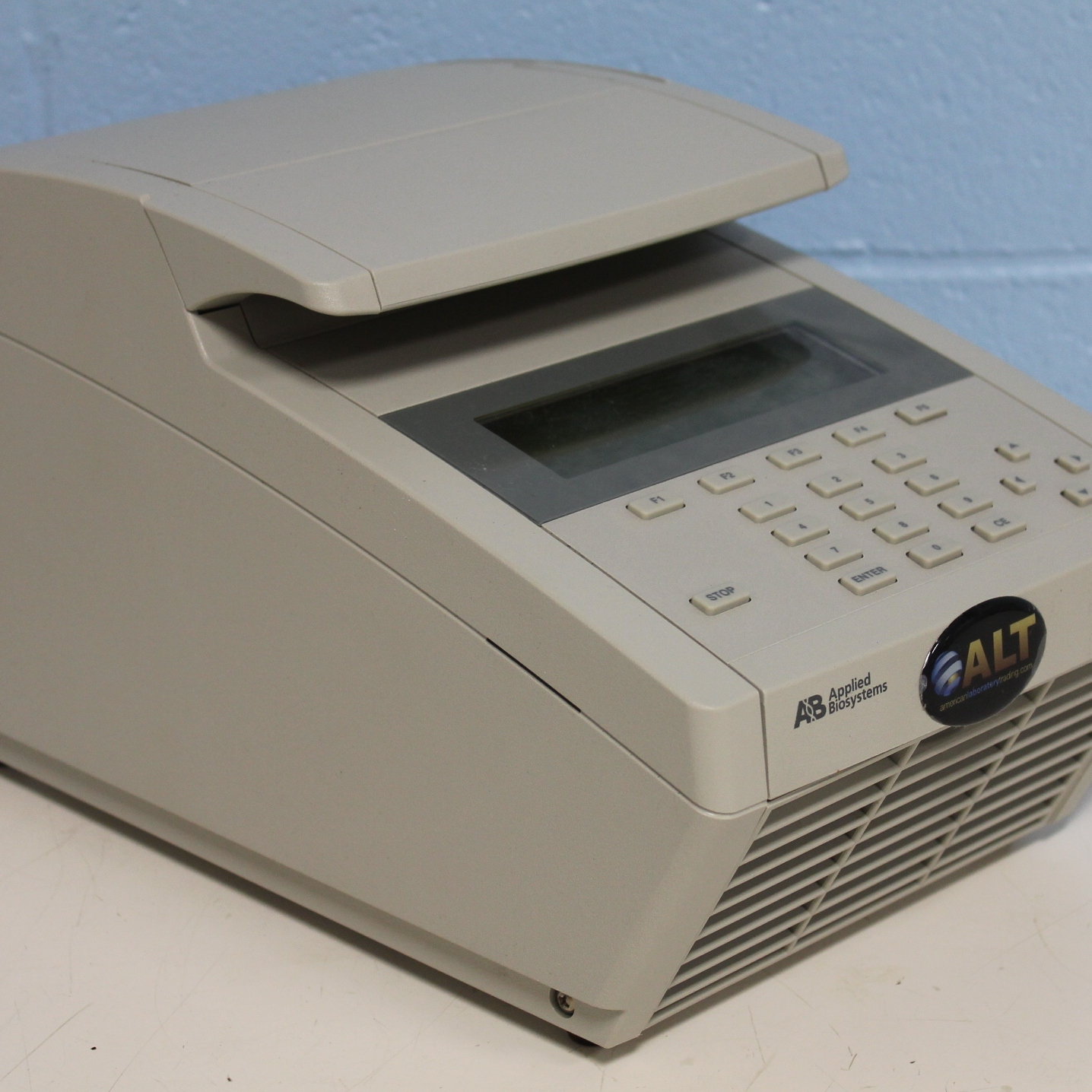 Applied Biosystems PCR System 2700 Image