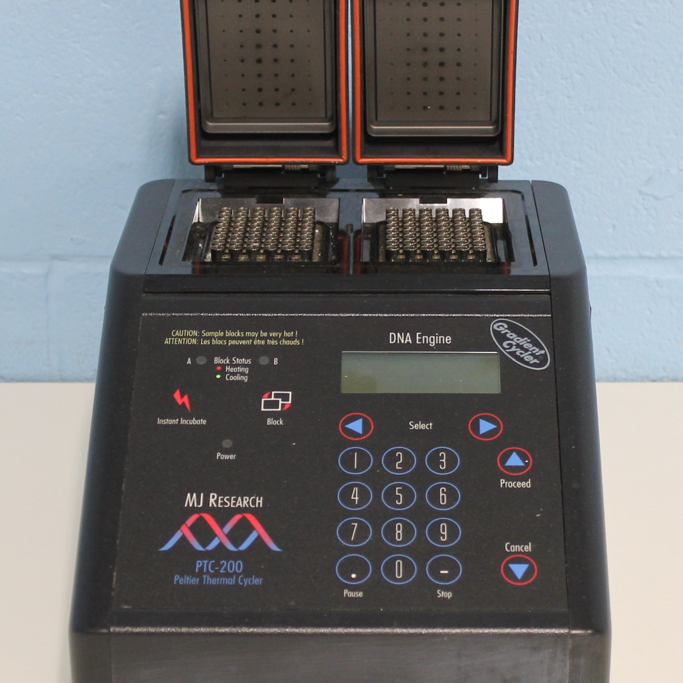 MJ Research PTC-200 Gradient Peltier Thermal Cycler with Dual 48 Well Image
