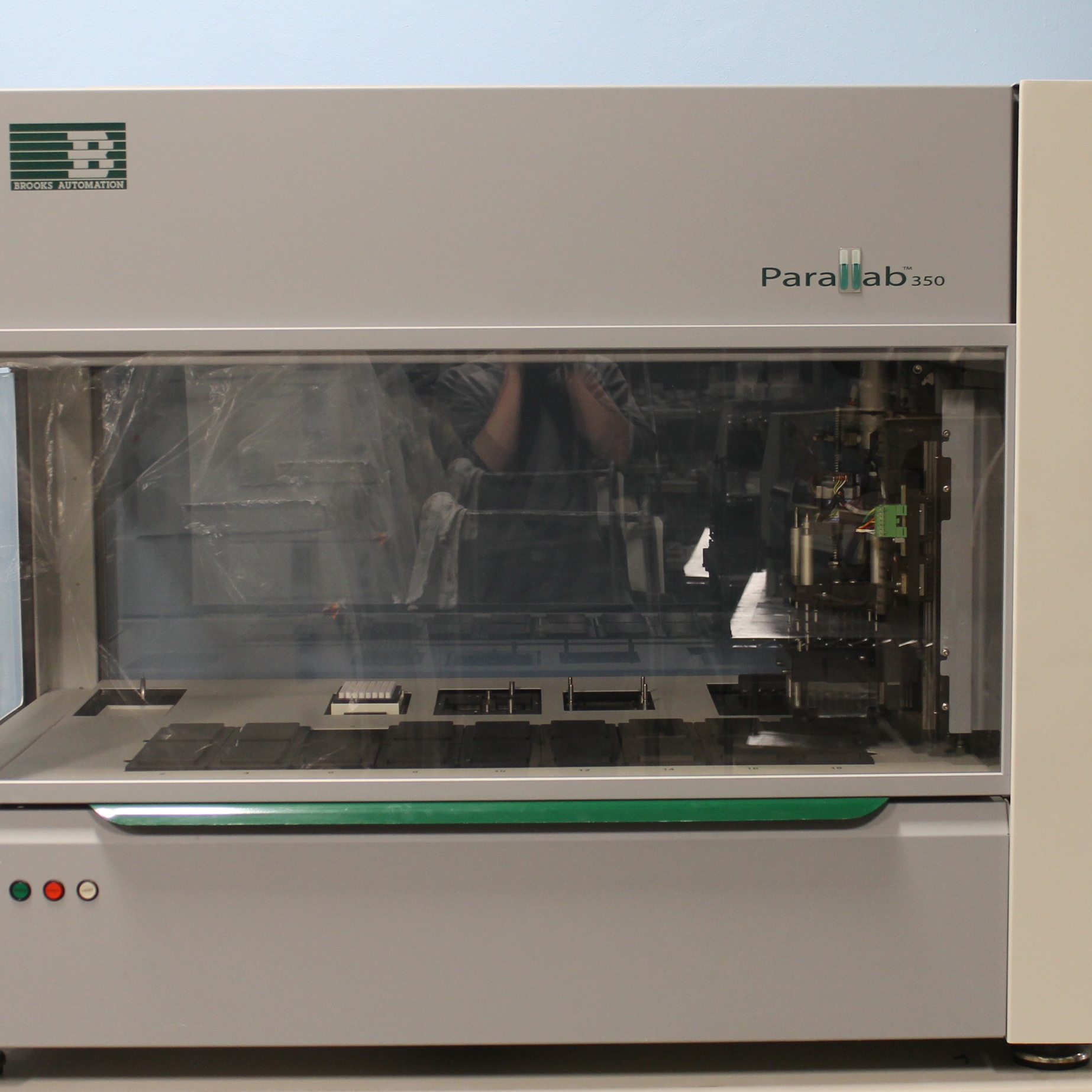Parallab 350 Nanoliter Workstation Name