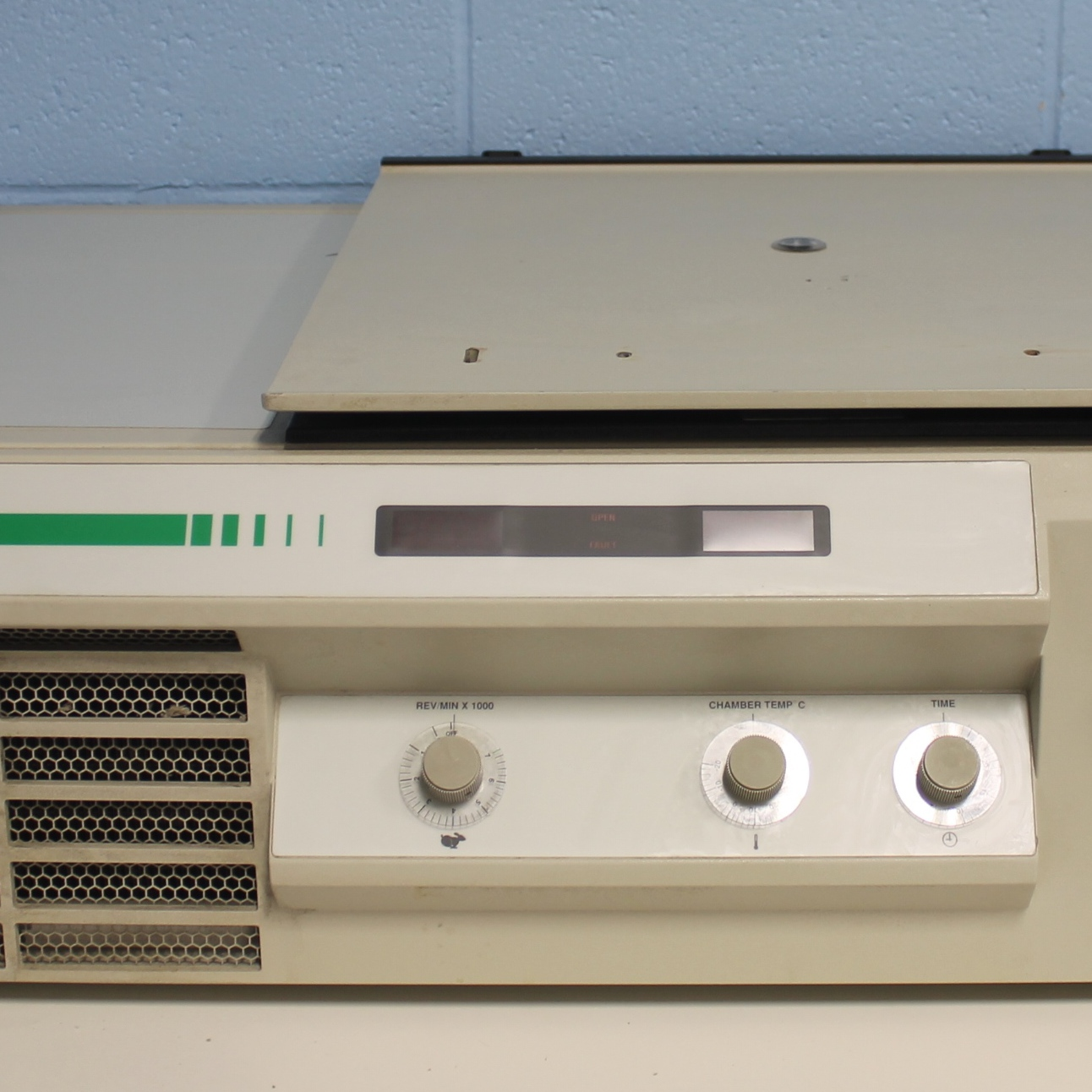 Sorvall RT-7 Refrigerated Benchtop Centrifuge Image