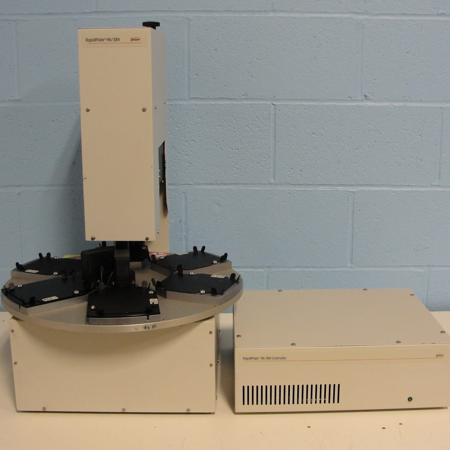 Zymark RapidPlate 96/384 Workstation with Controller Image
