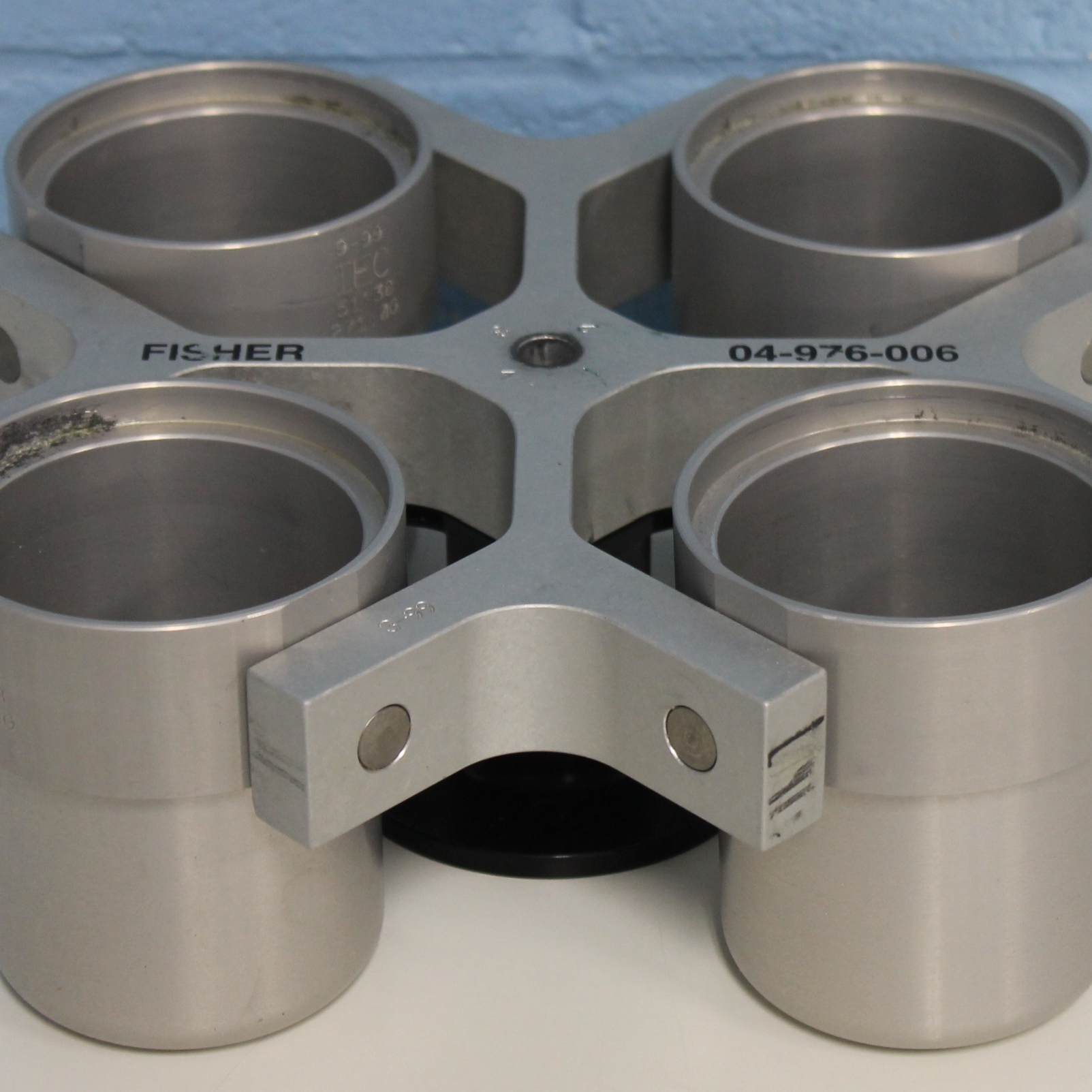 Fisher Scientific Rotor 04-976-006 4-place Swing Bucket, 4X250mL Image