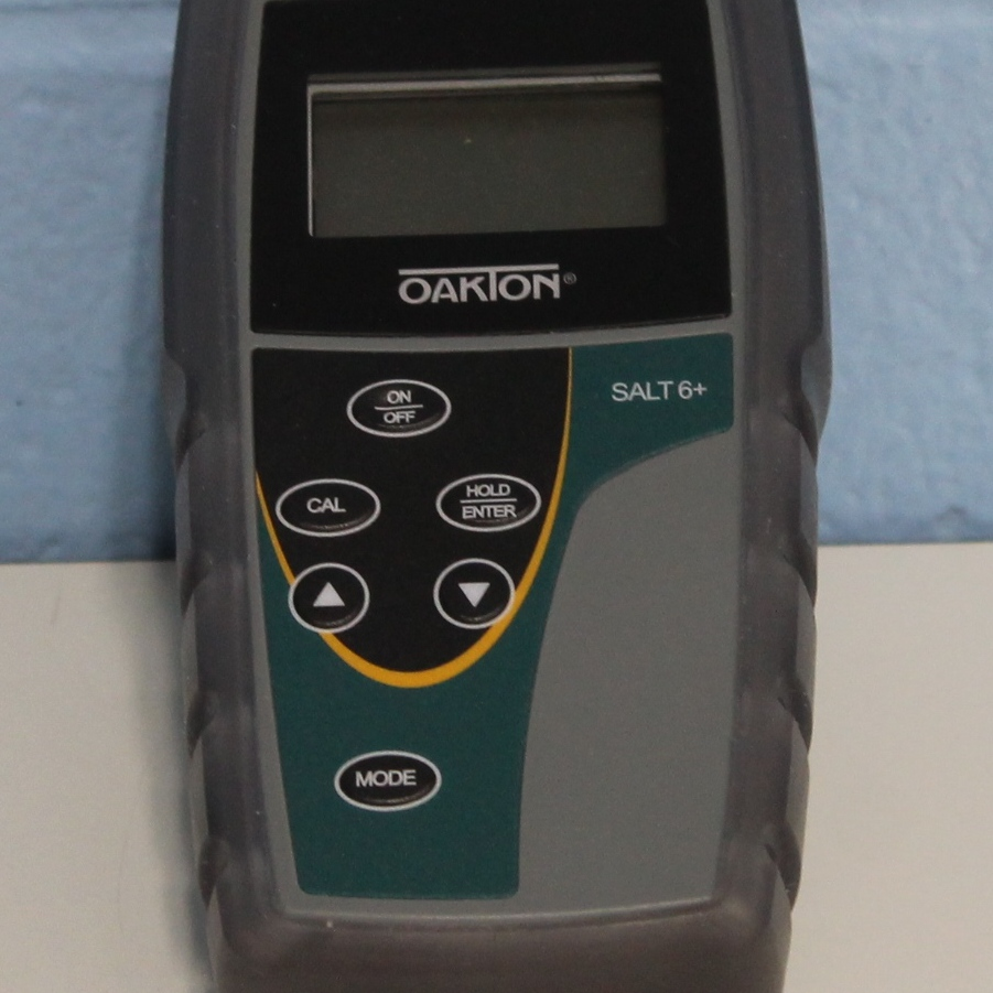 Oakton SALT 6  Handheld Salinity Meter Image