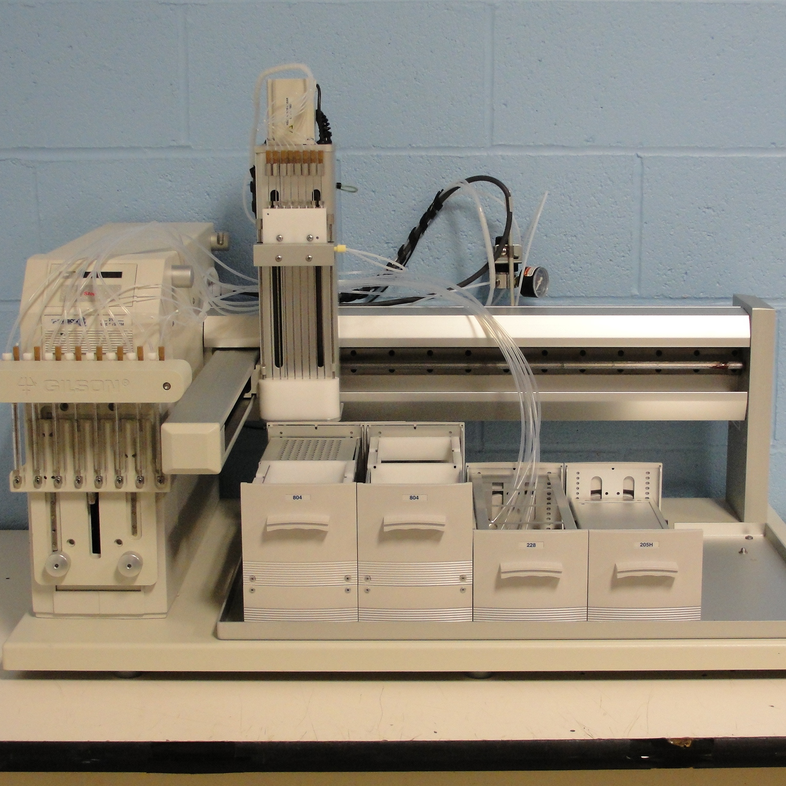 Gilson SPE 215 Solid Phase Extraction System Image