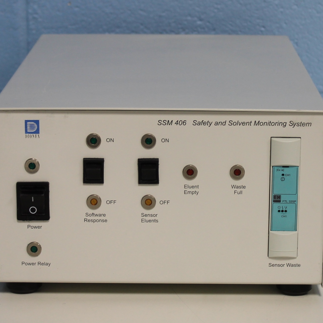 Dionex SSM 406 Safety and Solvent Monitoring System Module Image