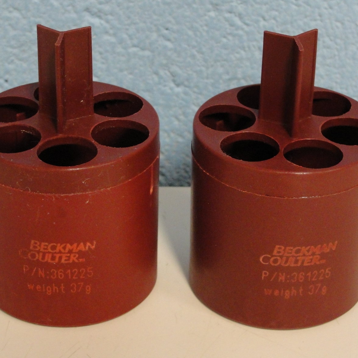 Beckman Coulter 16mm Round Bottom Adapters for S4180 Bucket Rotor Image