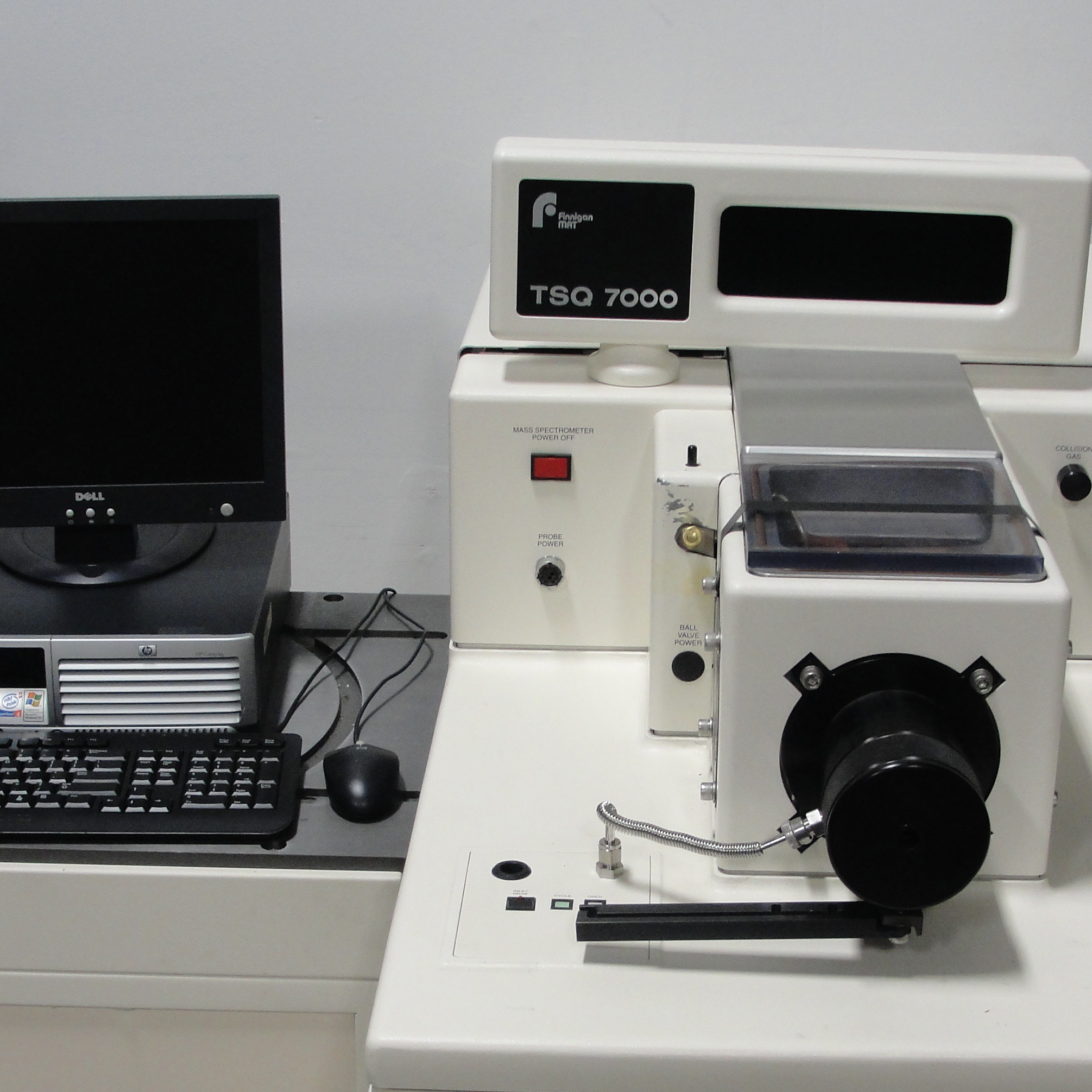 Thermo Finnigan TSQ 7000 LC/MS/MS System Image