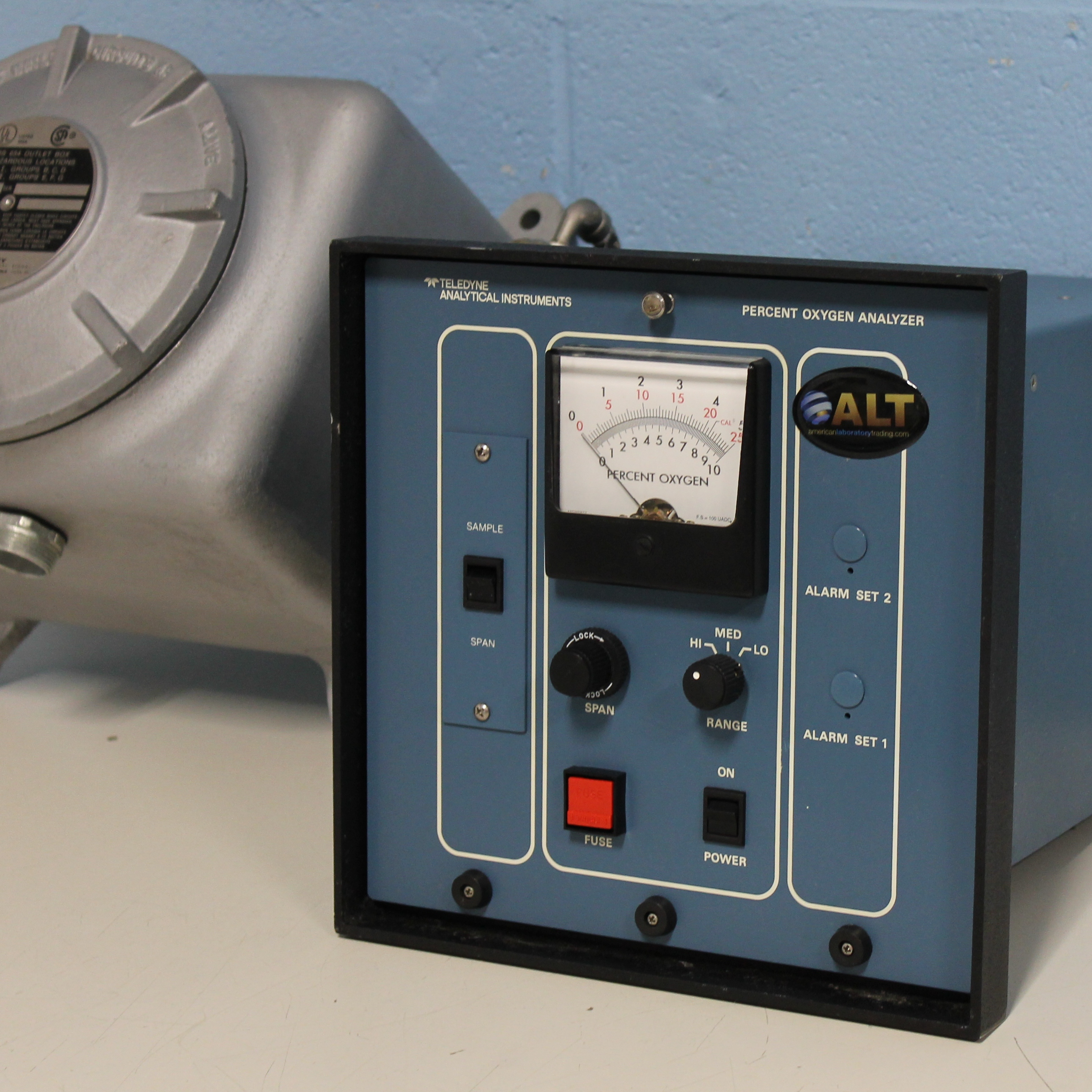 Trace Oxygen Analyzer Model 317RA