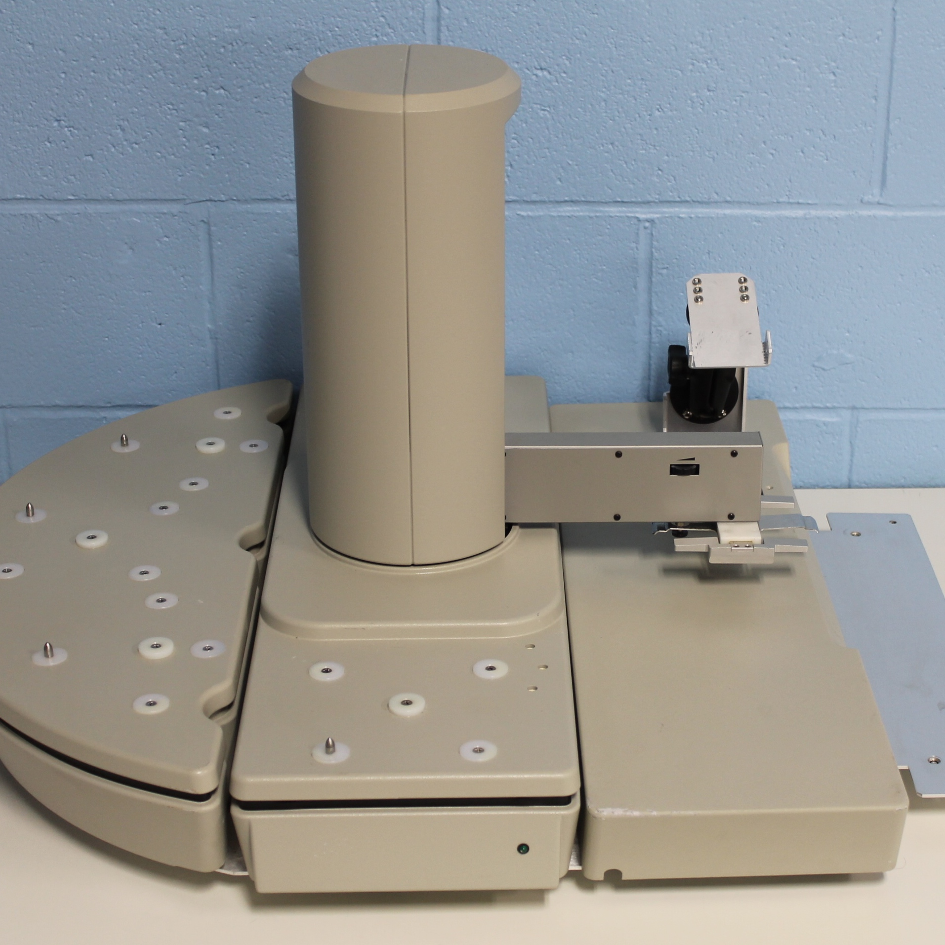 Caliper Life Sciences Twister Universal Microplate Handler P/N 70672/3 Image
