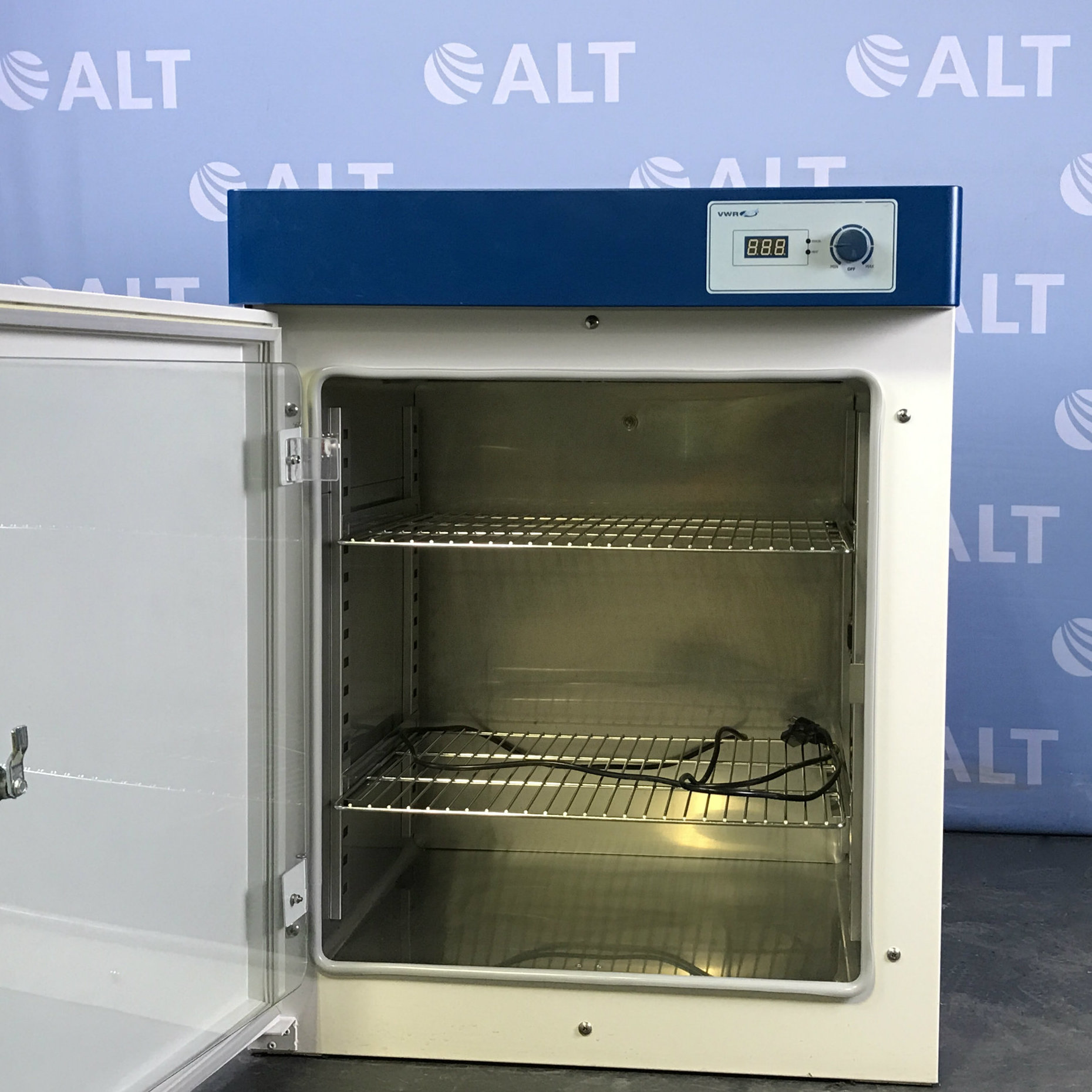 VWR 414004-624 Gravity Convection Incubator Image