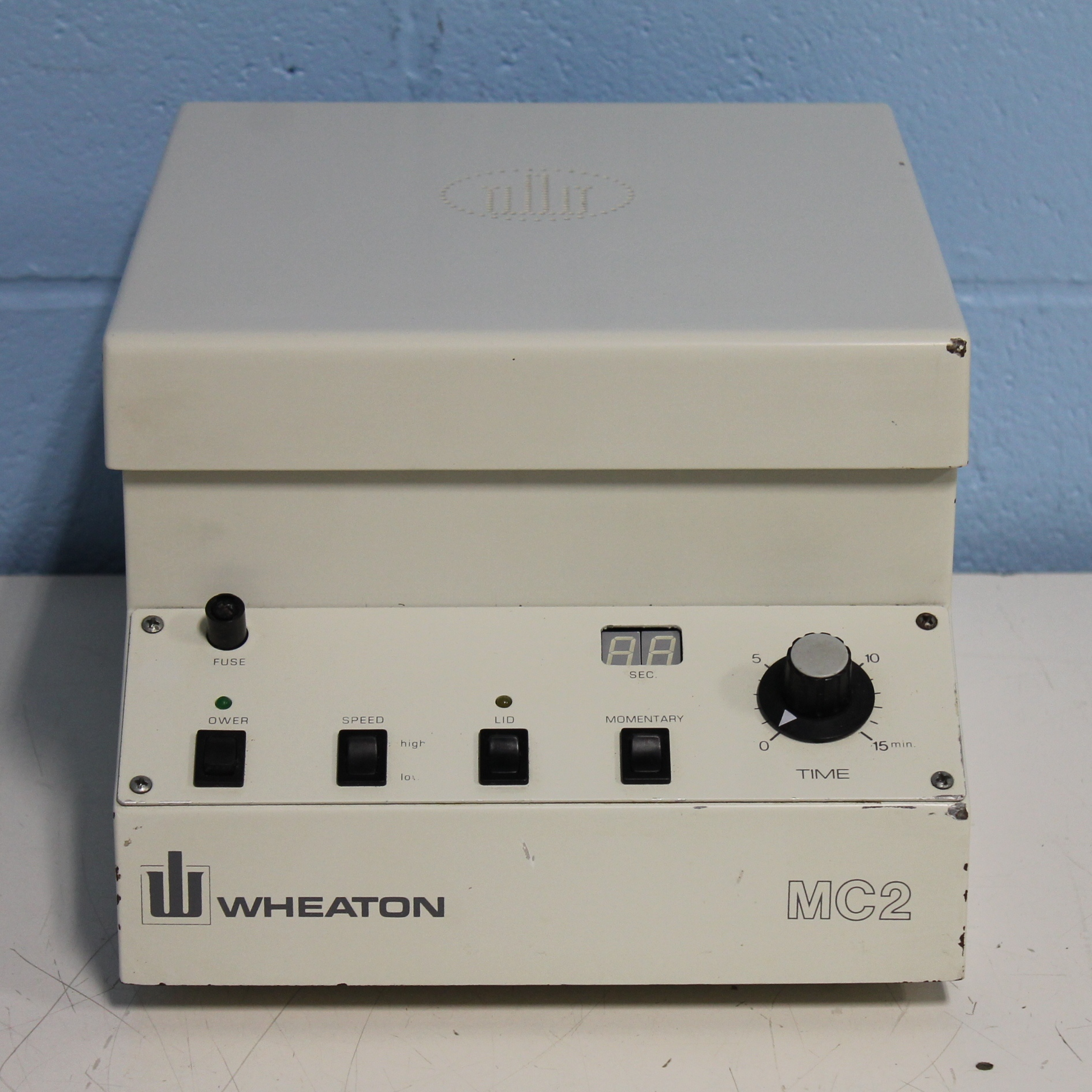 Wheaton 247400 Desktop Centrifuge MC2 with Hermle Rotor Image